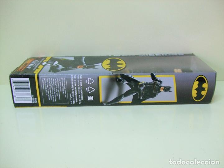 Figuras y Muñecos DC: FIGURA BATMAN STEALTH SUIT 30 CM 12 PULGADAS - BATMAN MISSIONS MATTEL DC COMICS NEGRO BLACK MUÑECO - Foto 5 - 218900507