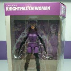 Figuras y Muñecos DC: FIGURA CATWOMAN KNIGHTFALL DC ESSENTIALS. Lote 221753050