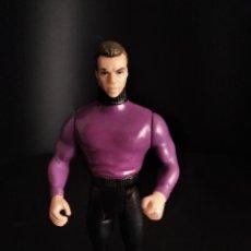 Figuras y Muñecos DC: BRUCE WAYNE ES MICHAEL KEATON. FIGURA KENNER 1990 BATMAN DE TIM BURTON -. Lote 222197603