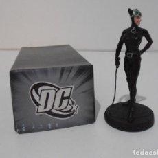 Figuras y Muñecos DC: FIGURA CAT WOMAN, PLOMO PINTADO, DC COMICS, SUPERHEROES FIGURAS DE COLECCION, ALTAYA. Lote 224520061