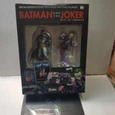 Figuras y Muñecos DC: BATMAN AND THE JOKER SPECIAL EDITION COLLECTOR'S GUIDE WITH TWO FIGURINES HERO COLLECTOR DC BLISTER. Lote 235522735