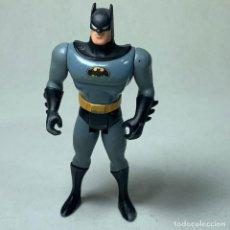 Figuras y Muñecos DC: FIGURA ARTICULADA BATMAN TRAJE GRIS - DC COMICS - 1993 KENNER - 12 CM. Lote 262860585