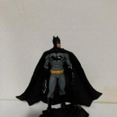 Figuras y Muñecos DC: FIGURA BATMAN ESCALA 1:6 DC COLLECTIBLES. Lote 241179905