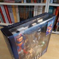 Figuras y Muñecos DC: [DC DIRECT] JUSTICE ALEX ROSS COLLECTOR BOX SET. Lote 254919780