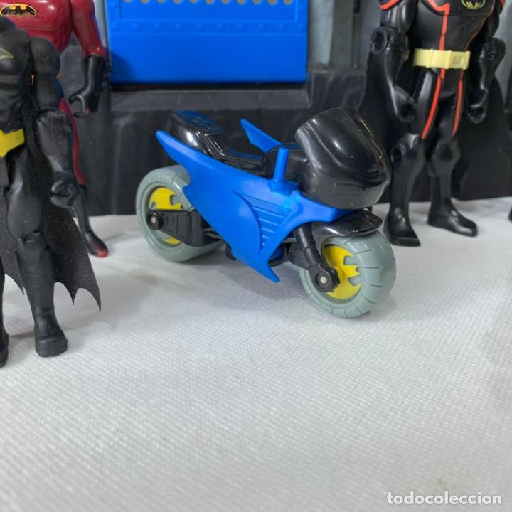 Figuras y Muñecos DC: GRAN BATICUEVA - BATMAN + FIGURAS DE BATMAN - FISHER PRICE - 2007 - MATTEL - MAGINEST W8574 - Foto 9 - 287678908