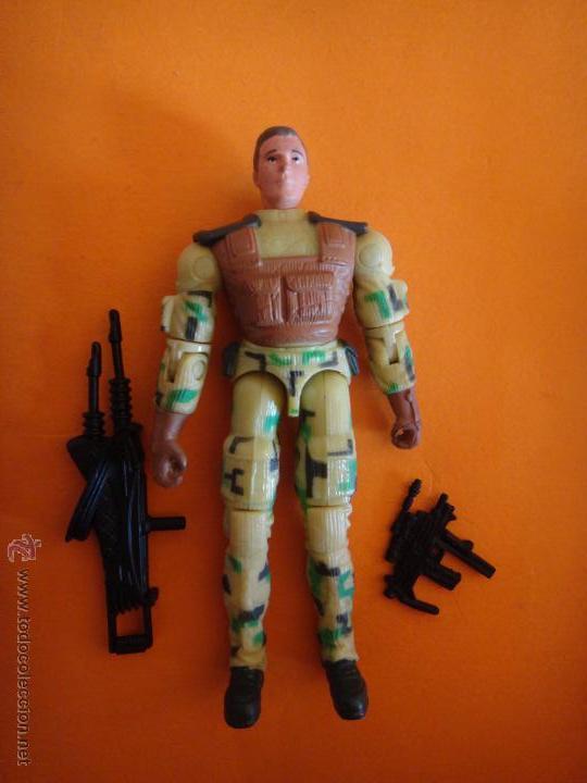 G.I figura de acción de fuerza desierto C.l.a.w.s V2 desde 2002 Joe