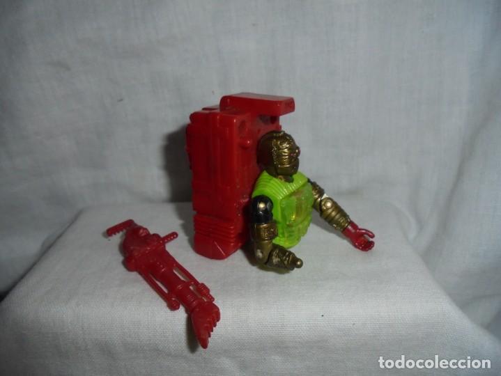 Figuras y Muñecos Gi Joe: GIJOE OVERKILL LE FALTA EL CUERPO DE CINTURA PARA ABAJO HASBRO 1992 PEANA NO INCLUIDA - Foto 4 - 212938437