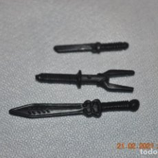 Figure e Bambolotti Gi Joe: GI JOE 7 ARMAS BLANCAS VARIAS CUCHILLOS ,HACHAS.... Lote 243917680