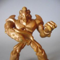 Figuras y Muñecos Gormiti: GORMITI ORO FIGURA DORADA DE PVC GIOCHI PREZIOSI. Lote 61915420