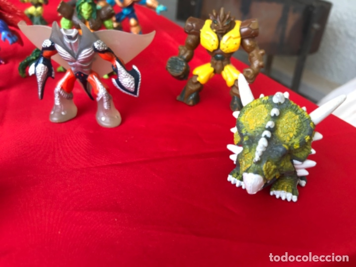 Figuras y Muñecos Gormiti: Lote gormiti 2017 variado dinosaurios y 7 maraton media 25 total gormiti buen estado ver fotos - Foto 2 - 181179013