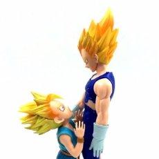 Figuras y Muñecos Manga: FIGURA ESTATUA DRAGON BALL Z VEGETA Y TRUNKS. Lote 84429483
