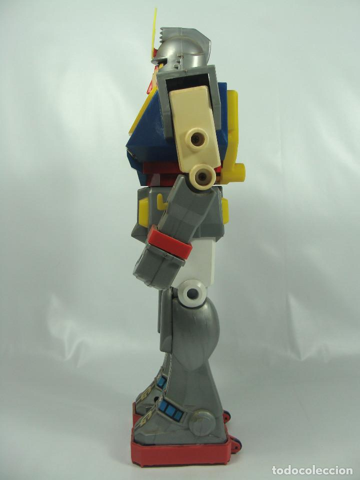 Figuras y Muñecos Manga: Gundam RX-78 Junior Machinder (Grande) Fabricado por Ceppi Ratti en Italia en 1979 - Pieza muy rara - Foto 3 - 122649087
