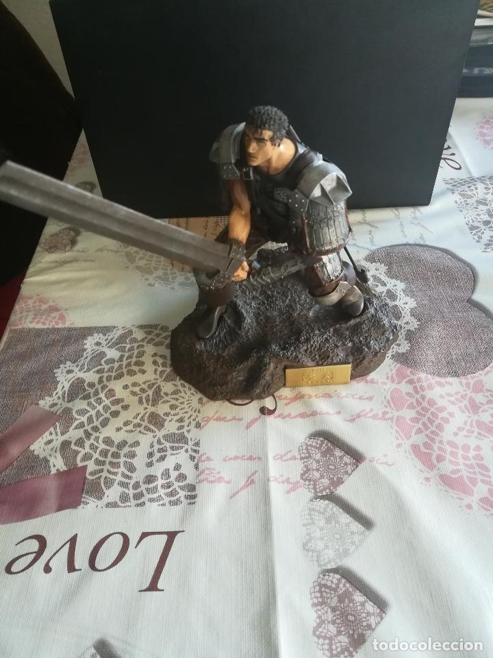 Figuras y Muñecos Manga: FIGURA COMPLETA MAKEN BERSERK ART OF WAR 2004 GUTS SERIAL No. 0438 VER FOTOS - Foto 4 - 152528822
