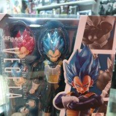 Figuras y Muñecos Manga: VEGETA SUPER SAIYAN GOD SH FIGUARTS DRAGON BALL. Lote 183328848
