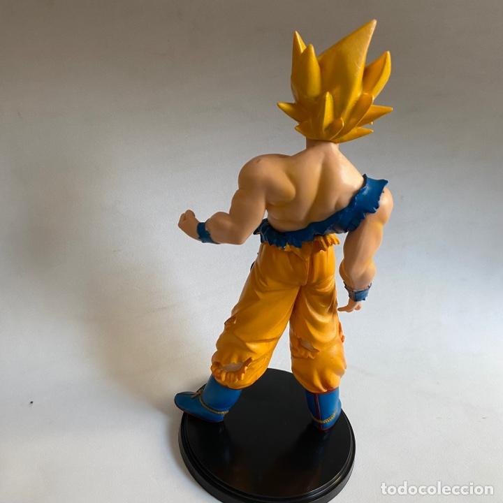 Figuras y Muñecos Manga: Figura Son Goku Super Saiyan Dragon Ball Bola de dragon 24 cm aprox. - Foto 5 - 269207533