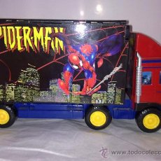 Figuras y Muñecos Marvel: MARVEL,SPIDERMAN.CAMION TRAILER GIGANTE DESMONTABLE CON CIUDAD DE NUEVA YORK DENTRO.. Lote 27224982