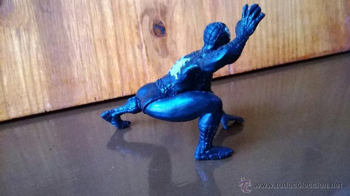 Figuras y Muñecos Marvel: figura de goma spiderman negro marvel yolanda 1996 - Foto 3 - 43804626