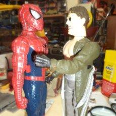 Figuras y Muñecos Marvel: SPIDERMAN VS. DR.OCTOPUS .WALKIE TALKIE MARVEL 2004. Lote 47081871