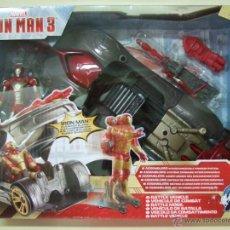 Figuras y Muñecos Marvel: IRON MAN 3 BATTLE VEHICLE - VEHÍCULO DE COMBATE + FIGURA - AVENGERS INITIATIVE MARVEL COMICS HASBRO. Lote 47870191