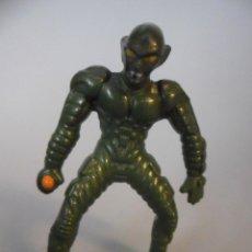 Figuras y Muñecos Marvel: MARVEL SPIDERMAN KINDER FIGURA DE GREEN GOBLIN DUENDE VERDE. Lote 48578491