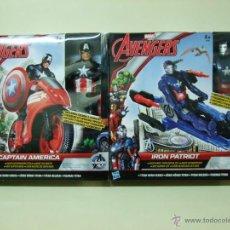 Figuras y Muñecos Marvel: FIGURA CAPITAN AMÉRICA + MOTO / IRON MAN PATRIOT + JET HASBRO MARVEL COMICS LOS VENGADORES AVENGERS. Lote 147020709
