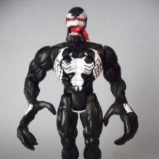 Figuras y Muñecos Marvel: SPIDER-MAN HEAVY HITTERS VENOM FIGURA ARTICULADA DE 14 CM TOY BIZ 1996. Lote 61090791