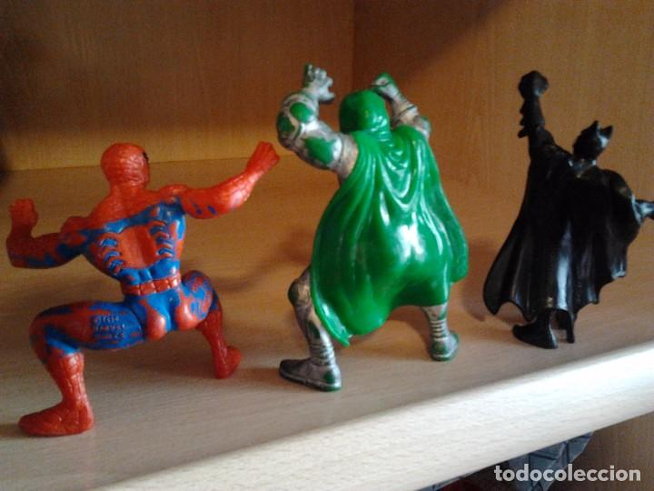 Figuras y Muñecos Marvel: 3 FIGURAS PVC: SPIDERMAN MARVEL AÑO 1996, DOCTOR MUERTE MARVEL 1996, BATMAN BULLY DC 1989 - Foto 2 - 68129245
