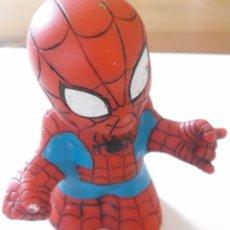Figuras y Muñecos Marvel: FIGURA DE GOMA - SPIDERMAN - MARVEL - TOYBIZ - ALTO 6,8CM. Lote 98749867