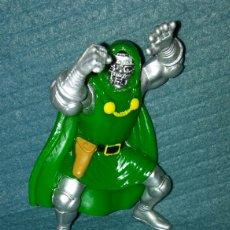 Figuras y Muñecos Marvel: FIGURA DR DOOM DOCTOR DOOM MUERTE-MARVEL-YOLANDA 1996.. Lote 103856274