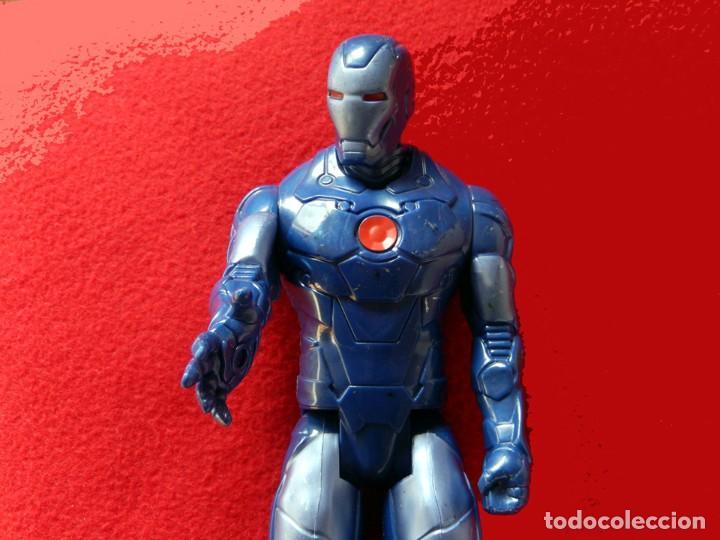 Figuras y Muñecos Marvel: IRON MAN, MÁQUINA DE GUERRA. FIGURA GRANDE. ARTICULADA, EN PVC DE 28,5 CM. MARVEL - Foto 2 - 112827391