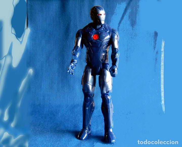 Figuras y Muñecos Marvel: IRON MAN, MÁQUINA DE GUERRA. FIGURA GRANDE. ARTICULADA, EN PVC DE 28,5 CM. MARVEL - Foto 8 - 112827391