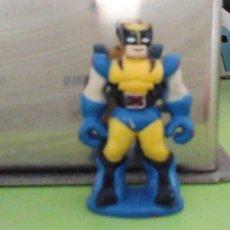 Figuras y Muñecos Marvel: MINI FIGURA DE LOBEZNO; UNIFORME CLÁSICO. 4 CMS, SUPER COOL. OCASIÓN. Lote 116911575