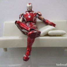 Figuras y Muñecos Marvel: IRON MAN MARK 43 - AGE OF ULTRON + TONY SOFA - SHFIGUARTS - NUEVOS. Lote 120444915