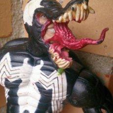 Figuras y Muñecos Marvel: FIGURA ARTICULADA SPIDERMAN VENOM 2001 MARVEL . Lote 123331431