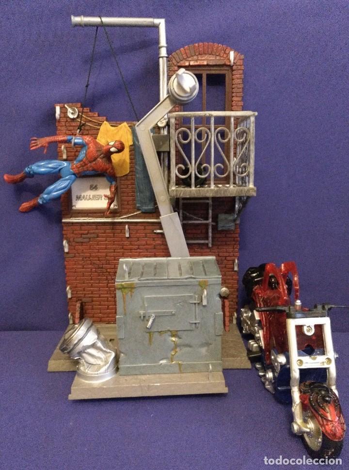 DIARAMA DE SPIDERMAN DE MARVEL,CON MOTO DE REGALO (Juguetes - Figuras de Acción - Marvel)