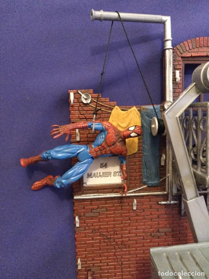 Figuras y Muñecos Marvel: Diarama de SPIDERMAN de Marvel,con moto de REGALO - Foto 2 - 125206123