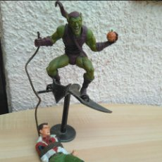 Figuras y Muñecos Marvel: FIGURA GREEN GOBLIN Y SPIDERMAN DUENDE MARVEL SELECT. Lote 128466299