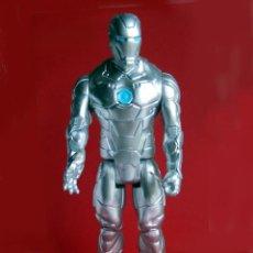 Figuras y Muñecos Marvel: IRON MAN, STELL - MARK II - FIGURA GRANDE, ARTICULADA , EN PVC DE 28,5 CM. 2013 MARVEL ORIGINAL. Lote 132804170