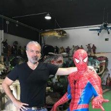 Figuras y Muñecos Marvel: MARVEL SPIDERMAN FIGURE OF 1.60 METERS HIGH FIGURA DECORACION HOMBRE ARAÑA. Lote 135484122