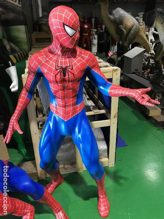 Figuras y Muñecos Marvel: Marvel Spiderman figure of 1.60 meters high figura decoracion Hombre Araña - Foto 2 - 135484122