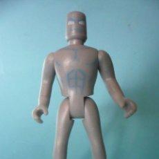 Figuras y Muñecos Marvel: MARVEL WORLD SILVER SURFER ESTELA PLATEADA FAMOSA 2006. Lote 151631186