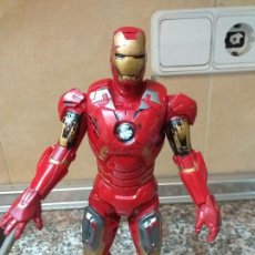 Figuras y Muñecos Marvel: IRON MAN 2012 HASBRO MARVEL. Lote 151786686