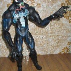 Figuras e Bonecos Marvel: FIGURA ARTICULADA SPIDERMAN VENOM 35 CMTS MARVEL TOY BIZ 2005. Lote 152836465