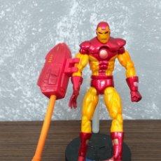 Figuras y Muñecos Marvel: FIGURA DE ACCION MARVEL IRON MAN CON PEANA TOY BIZ 2005. Lote 153576162