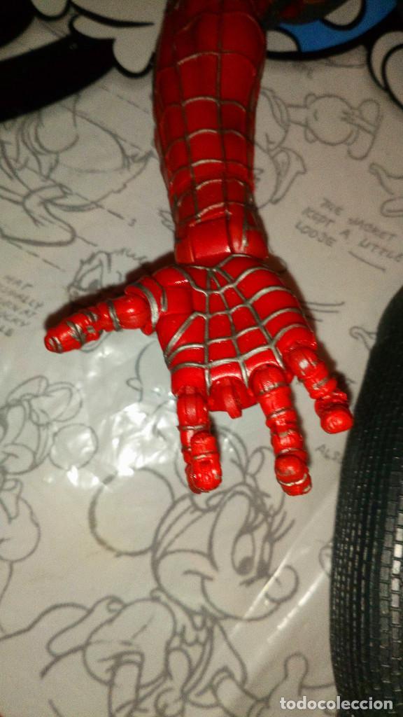 Figuras y Muñecos Marvel: ENORME FIGURA ARTICULADA DE SPIDERMAN, EL HOMBRE ARAÑA (45cm) DE MARVEL, CON DEFECTOS, VER FOTOS - Foto 2 - 159591650