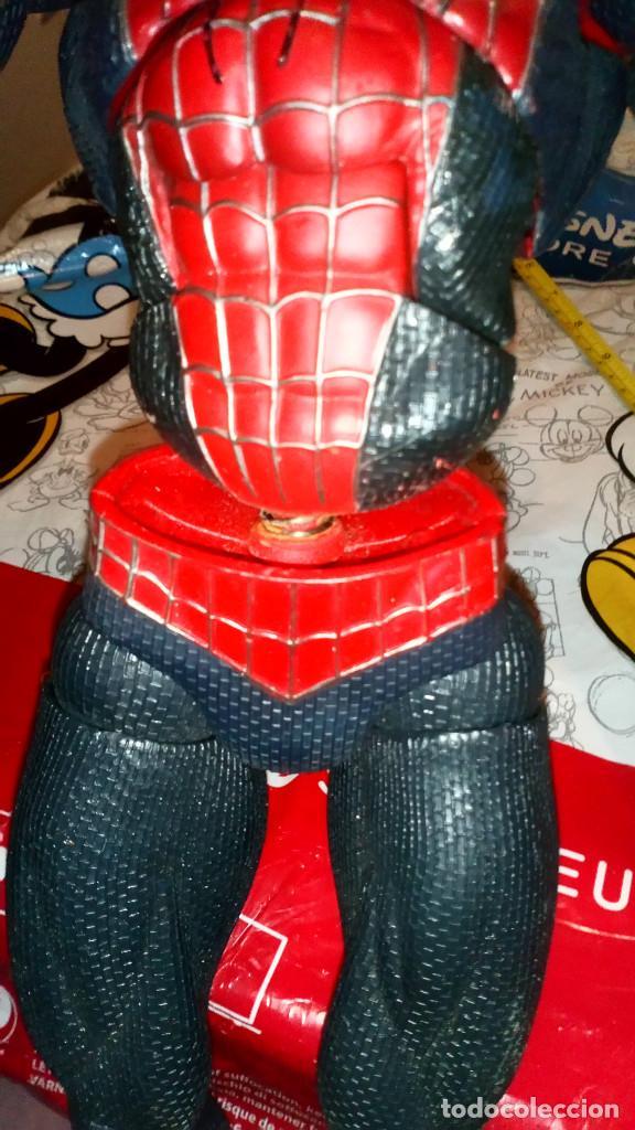 Figuras y Muñecos Marvel: ENORME FIGURA ARTICULADA DE SPIDERMAN, EL HOMBRE ARAÑA (45cm) DE MARVEL, CON DEFECTOS, VER FOTOS - Foto 5 - 159591650
