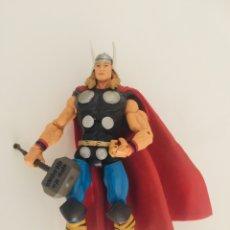Figuras y Muñecos Marvel: MARVEL LEGENDS GIANT MAN THOR. Lote 174955357