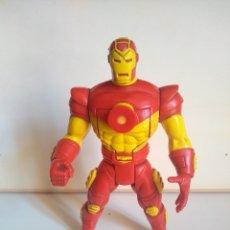 Figuras y Muñecos Marvel: IRONMAN - IRON MAN - TOY BIZ, INC. - MARVEL 1995 - PROYECTOR. Lote 175125253