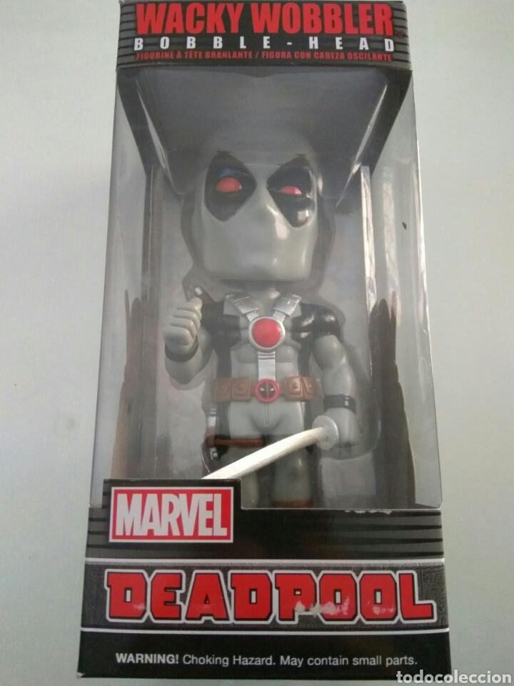 Figuras y Muñecos Marvel: Figura Funko wacky wobbler Deadpool Marvel nuevo - Foto 2 - 175237810