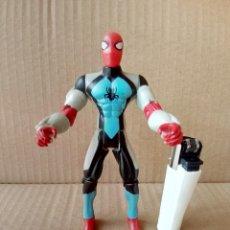 Figuras y Muñecos Marvel: FIGURA ARTICULADA MARVEL TOY BIZ 1997 SPIDERMAN-VER FOTOS. Lote 176126535